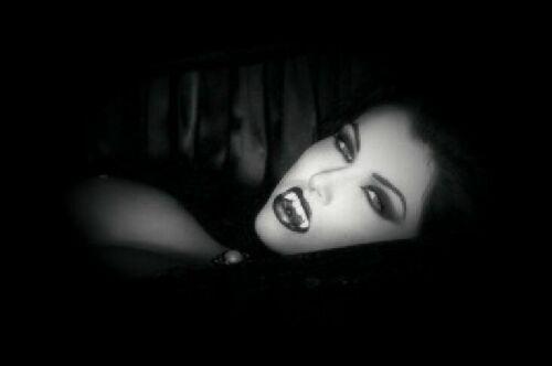 vampire%20femme